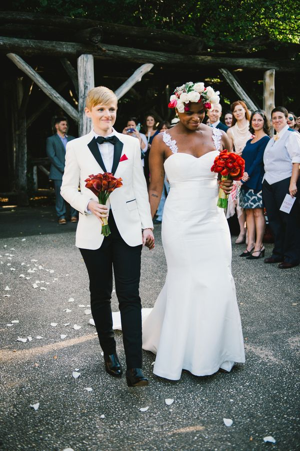 The red details are beautiful! #samesexwedding