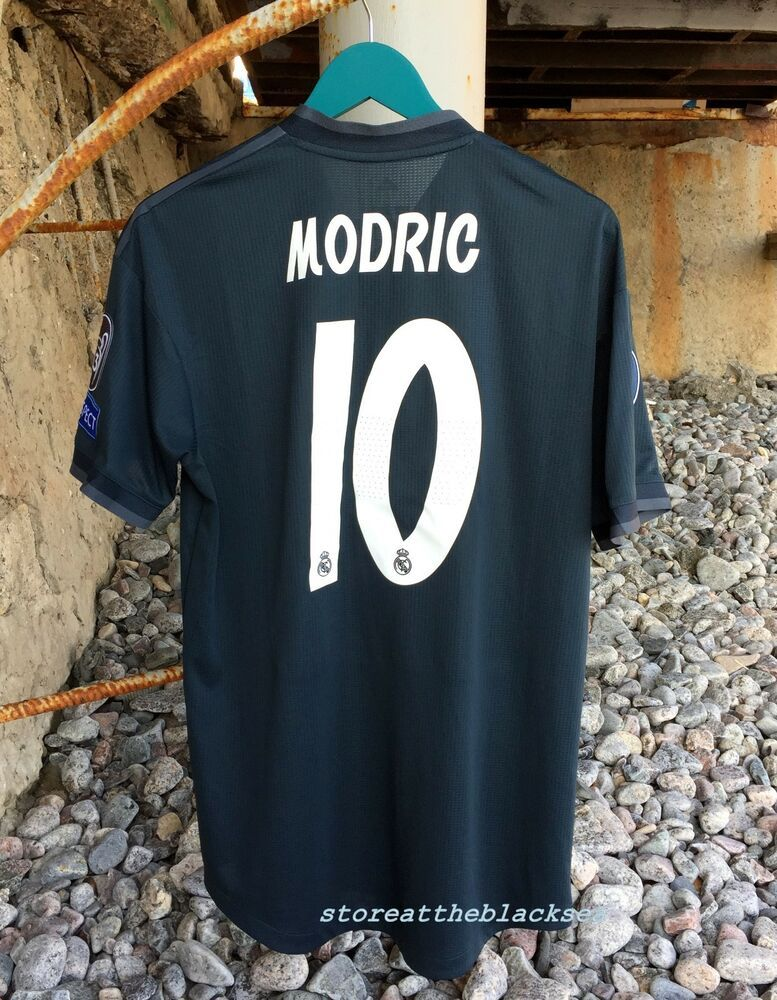 REAL MADRID 2018 2019  10 MODRIC AWAY FOOTBALL SOCCER SHIRT JERSEY  CLIMACHILL L  adidas  RealMadrid cf45723f4