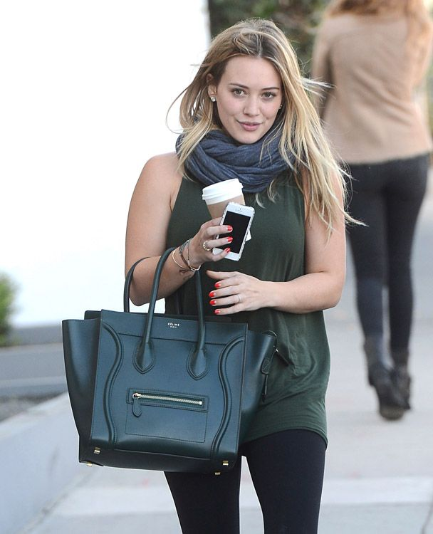 4aeaa013607f The Many Bags of Hilary Duff Part Two-12