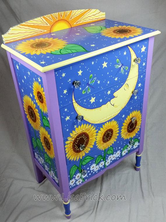 SOLD sample of CUSTOM WORK Vintage Dresser Custom por LisaFrick