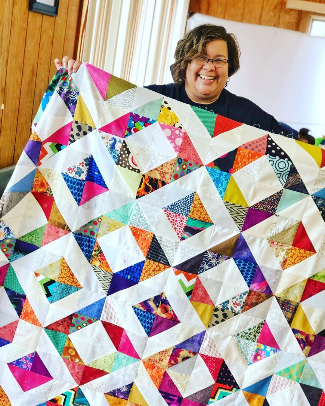 Omaha Modern Quilt Guild On Instagram No Folks This Is Not A Duplicate Post Member Kimberly Doss Is A Machine With Her Ma Quilt Guild Modern Quilts Quilts