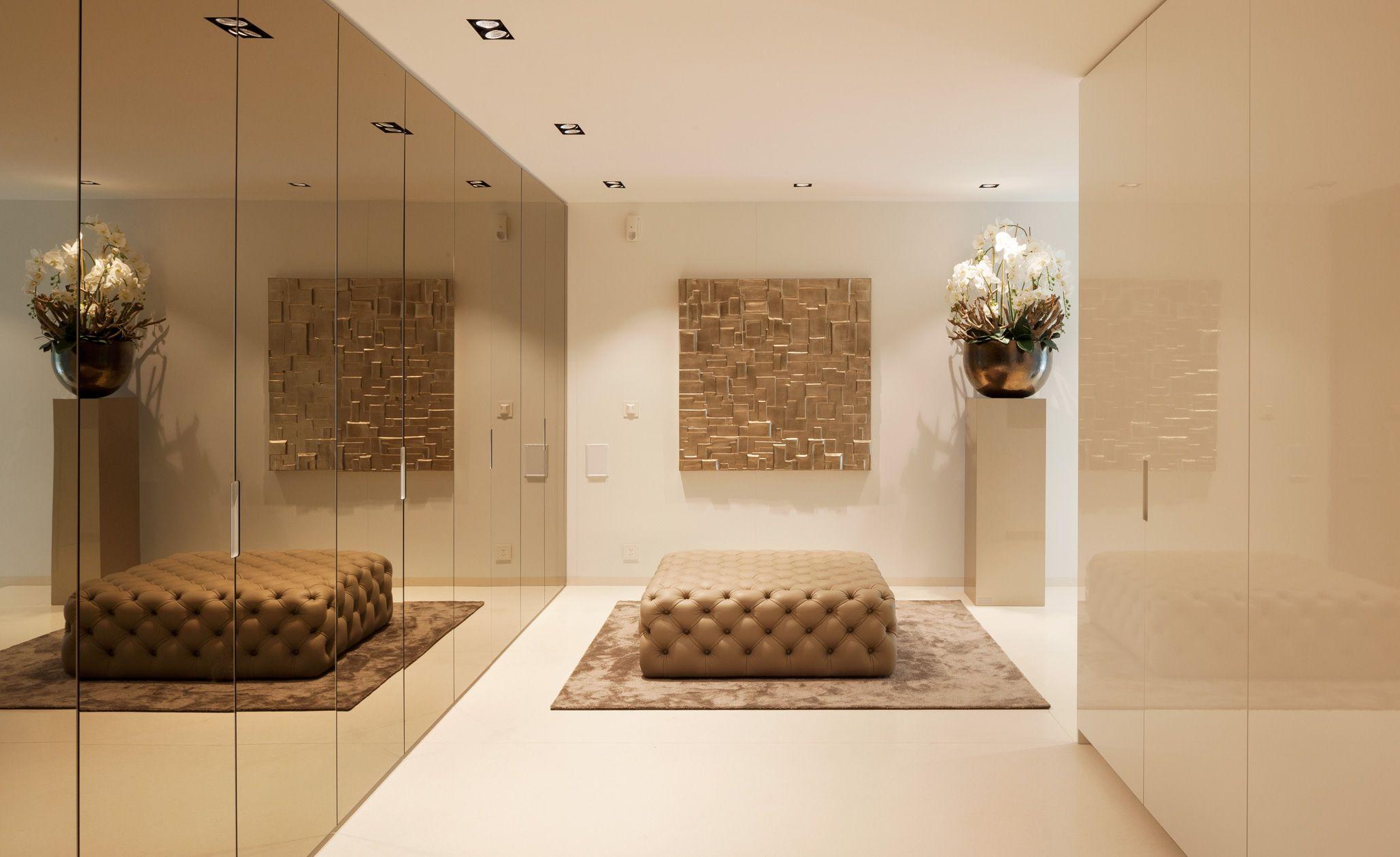 In Diesem Haus Sind Die Naturstein Bodenbelage Aus Dem Material New