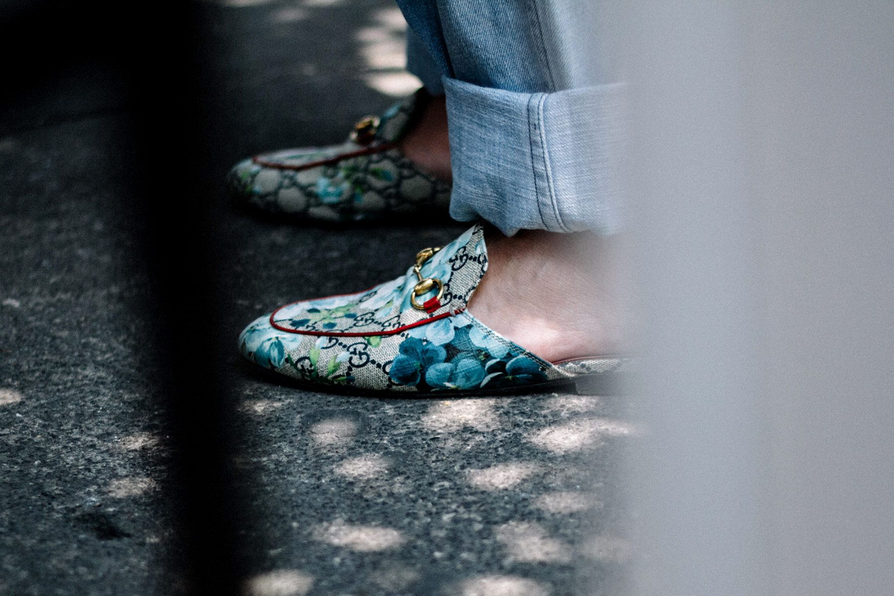 Loafers GucciStreetStyle: MBFWMx Otoño-Invierno 2017