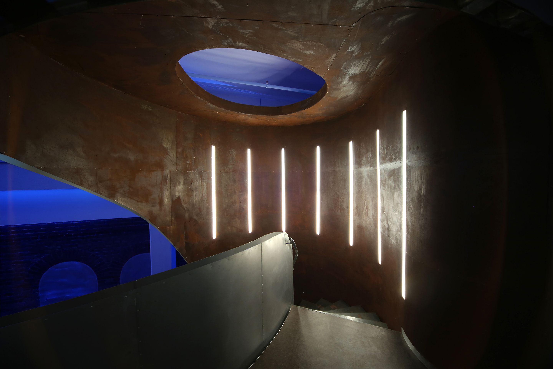 ajando next level crm hafenpark mannheim corporate architecture by peter stasek wall light. Black Bedroom Furniture Sets. Home Design Ideas