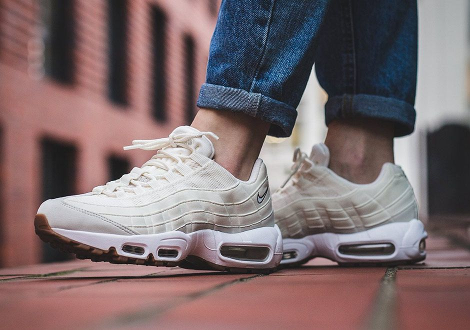 best cheap efd22 fec1c The lady Air Max fans get a super clean new option for the Air Max 95 this  fall, with this new colorway in Light Bone and Sail. The off-white shades  outfit ...