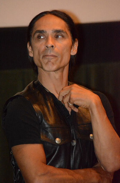 zahn mcclarnon married