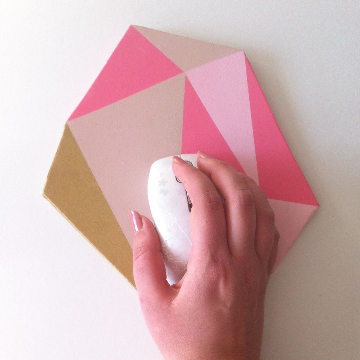 Painting a mouse pad, geometric gem shape