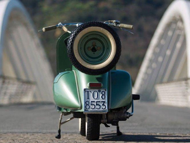 Vespa-125-FaroBasso-1952-06 | Targhe moto (1927-1963)
