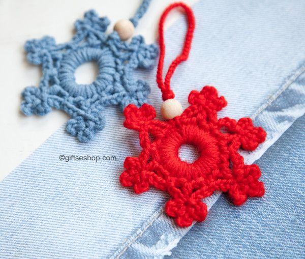 Looking for those last-minute holiday gifts? These christmas patterns are whipped up in under 60 minutes!