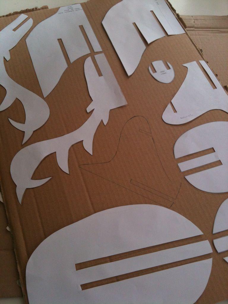 Ciervo cartón | Ciervo, Cartón y Plantas