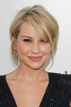 Blonde Actresses With Dark Brown Eyes Actresses With Honey Blond Hair Brown Eyes And Fair Skin Dark Br Short Hair Styles Hair Styles Hair Inspiration Color