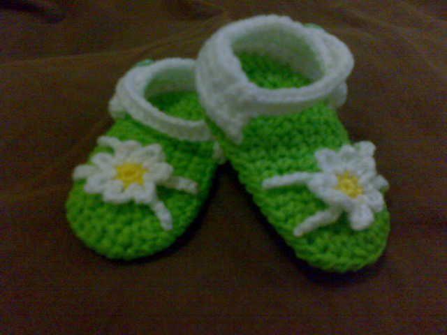 free baby sandal pattern - Everything`s Crochet