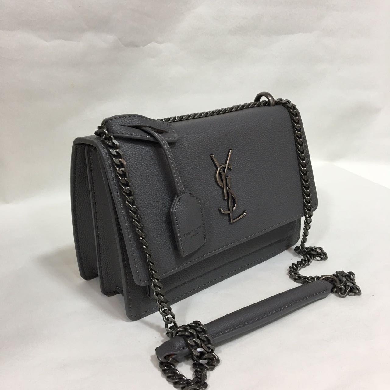 8d20f729f5e97 Du liebst stylische und elegante Handtaschen  nybb.de - Der Nr. 1  Online-Shop für Damen Accessoires! Bei uns gibt es preiswerte und elegante  Accessoires.