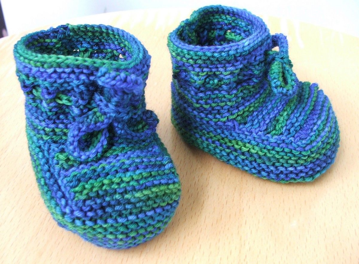 garter stitch baby booties | Knitting | Pinterest | Babyschühchen ...