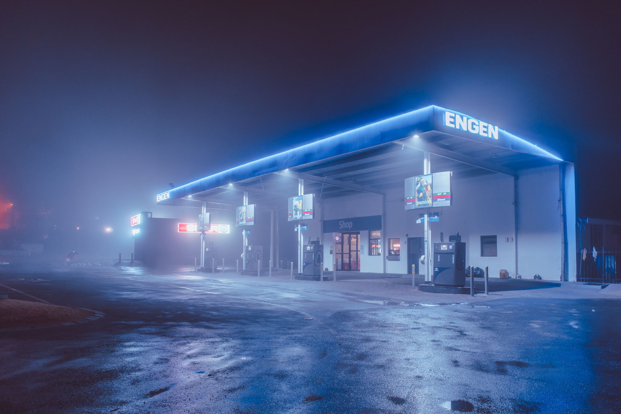 Midnight stop gas station desktop background images hd wallpaper - Midnight wallpaper hd ...