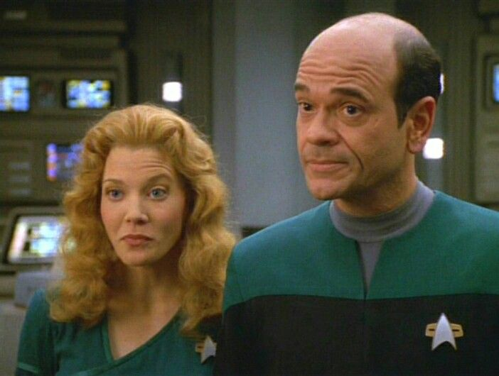 Jennifer Lien and Robert Picardo as Kes and The Doctor in Star - dr bashir i presume