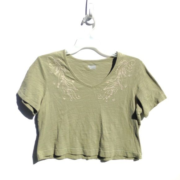 6297a3dfca48a Light olive green crop top green crop top neckline and feathers jpg 580x580 Light  green crop