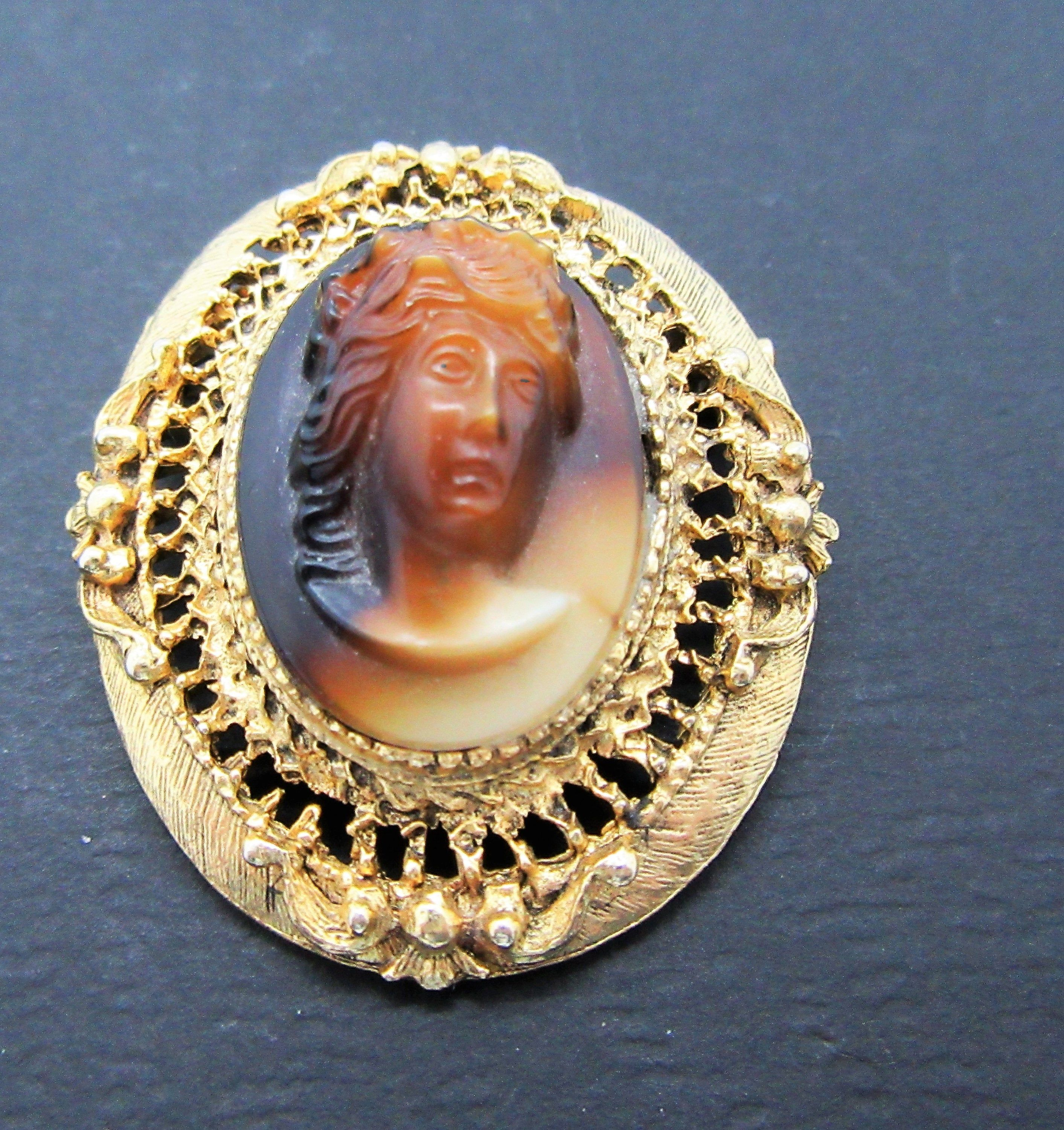 Vintage Victorian Revival Cameo Glass Pin Brooch Unsigned Designer Jewelry