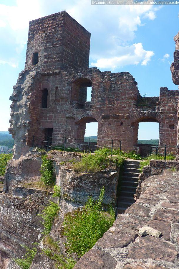 Bergfried Der Burg Altdahn 2017 In 2020 Rhineland Rhineland Palatinate Germany