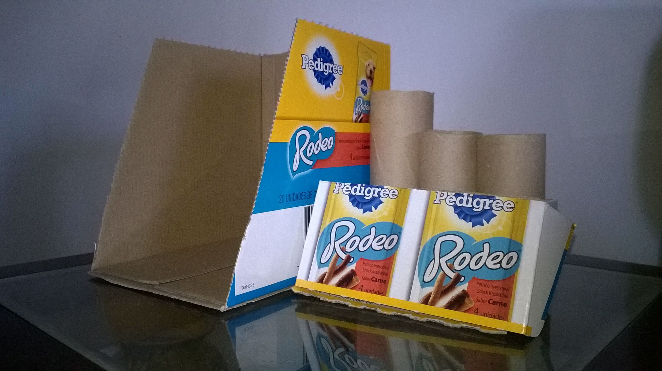 Reaproveitamento de caixas de papel e rolos de papel - Reusing card boxes and card rolls