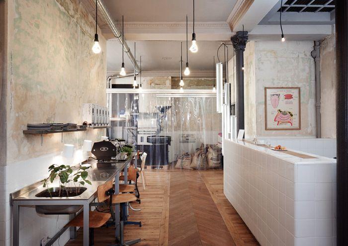 Café Coutume. CUT architectures