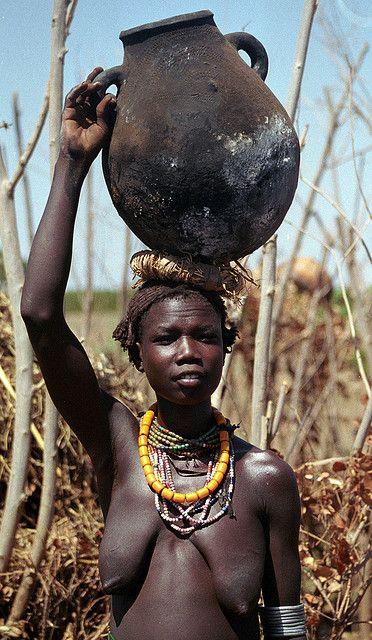 ethiopia naisia pinterest beaut africaine fille de dieu et fille nue. Black Bedroom Furniture Sets. Home Design Ideas