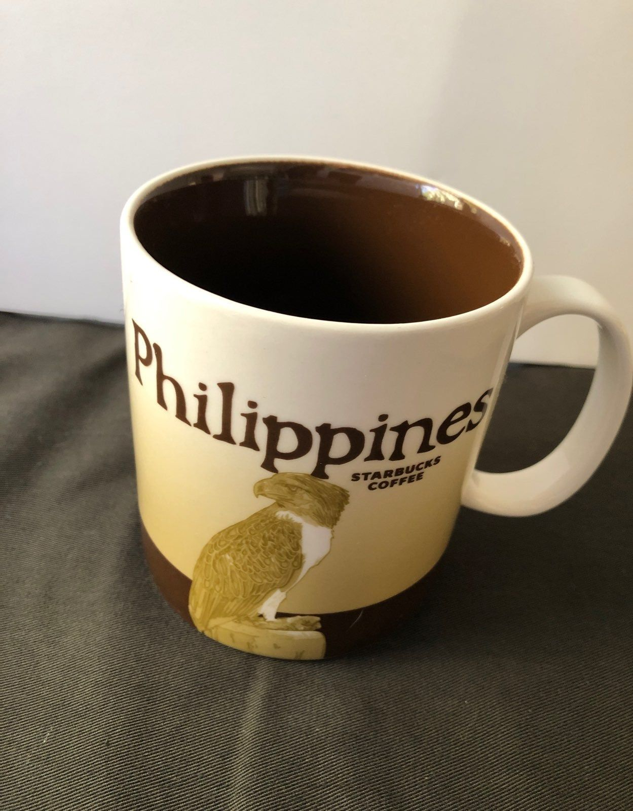 Literally from the Philippines, no chips! Starbucks cups