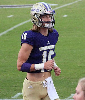 Trevor Lawrence American Football Sept 2017 Trevor Lawrence American Football Wikipedia In 2020 American Football Football Football Recruiting