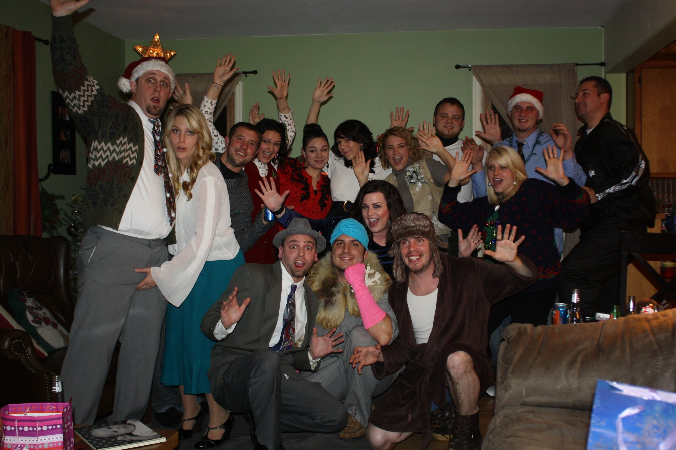 last year we had a national lampoon christmas vacation party where we all dressed like characters from the movie - Characters In Christmas Vacation