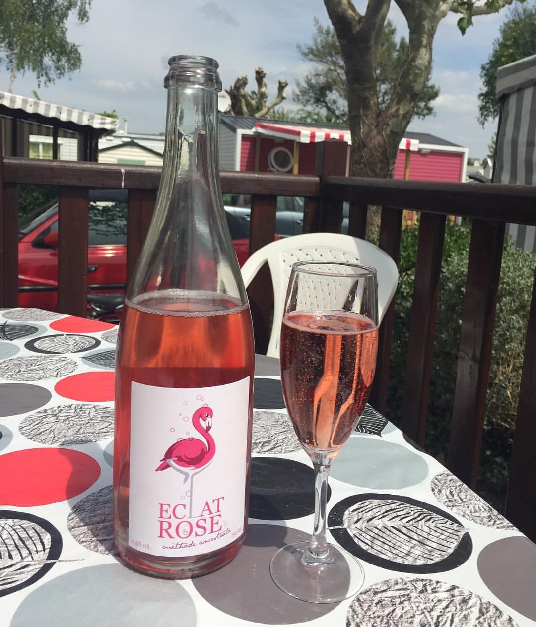 Discovering A New Summers Day Drink Happiness Pinkbubbles Caravanlife France Frenchwine Eclatrose Vendee Simp French Wine Pink Bubbles Alcoholic Drinks