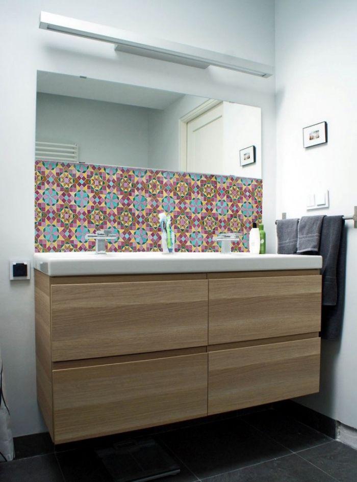 1001 id es pour adopter une cr dence salle de bain esth tique et fonctionnelle salle de bain - Panneaux d habillage pour renover sa salle de bains ...