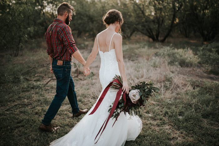 This Casual and Intimate Fort Worth Wedding will Steal Your Heart ...