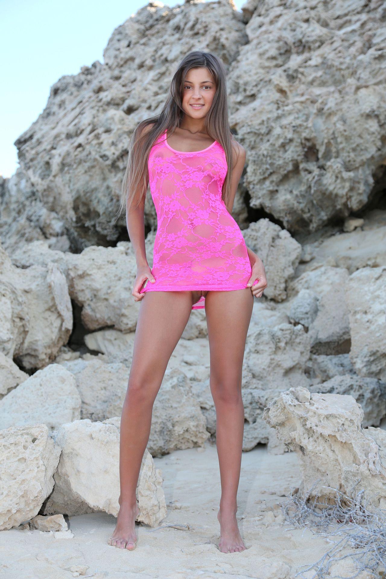 Julianna margulies nude fakes