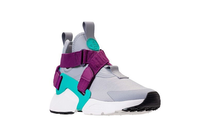 new style dbf12 921a5 The Nike Big City Huarache Resurfaces With New Colorway
