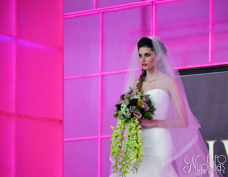 Vestido de Novia por Ivory, Polanco. ÚNICAMENTE en expo Nupcias ...