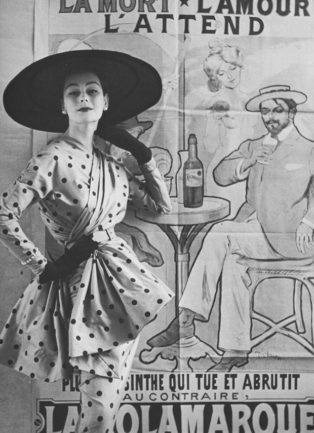 ¡Queremos ir al museo de la moda de París! Recoge Papier Glacé: un siglo de fotografía de la editorial Condé Nast Live! (que tiene revistas como GLAMOUR o Vanity Fair)