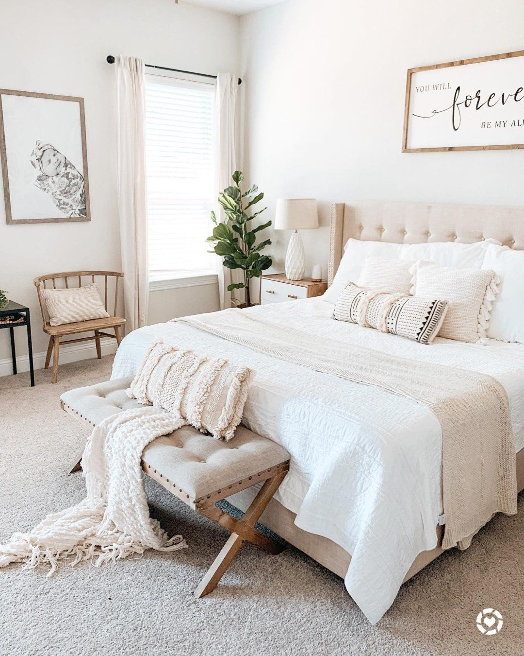 This neutral bedroom design is so simple and gorgeous! Thanks for
