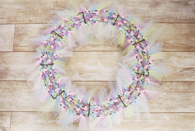 The Blush Blonde: D.I.Y. Unicorn Easter Wreath