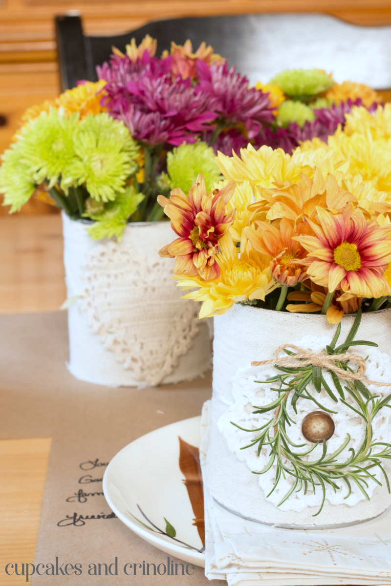 Fall decor for wedding Beautiful Thanksgiving Table Decor On a Small Budget  Thanksgiving