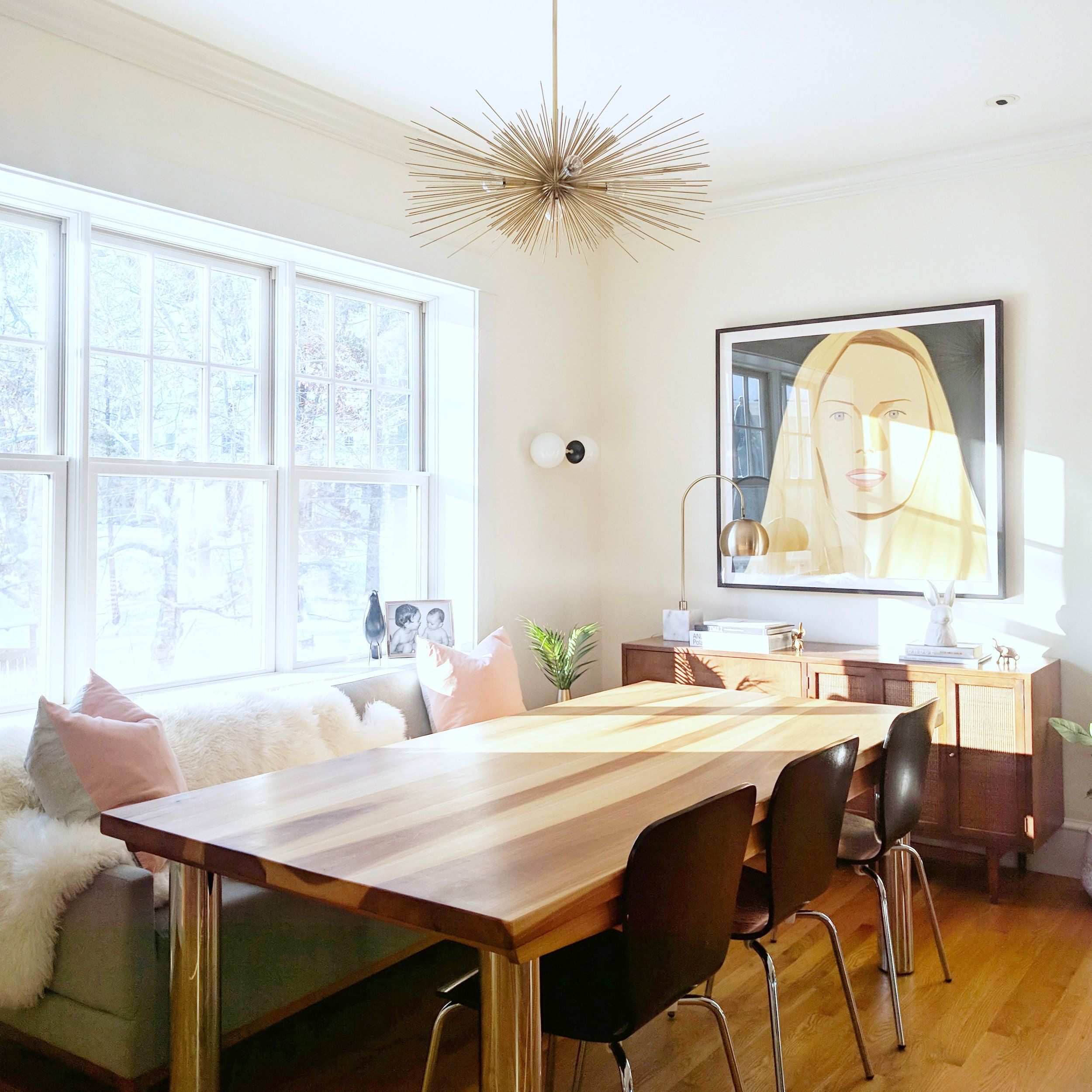 MCM dining with SOFA -- unusual! | Funky home decor, Home ...