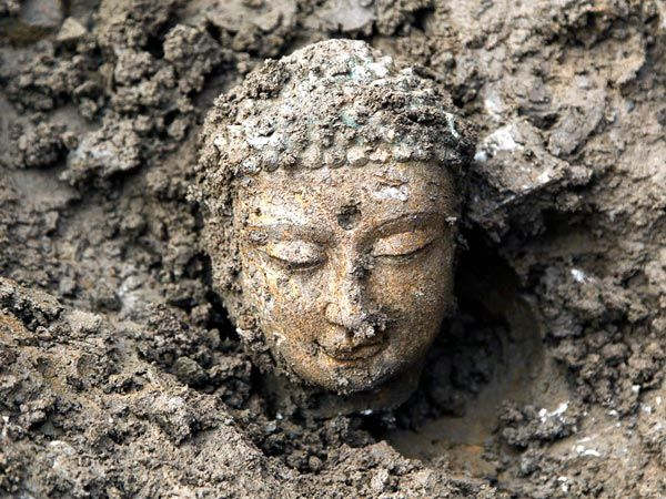 Pictures 3 000 Ancient Buddhas Unearthed In China Buddha Statue Buddha Buddha Buddhism