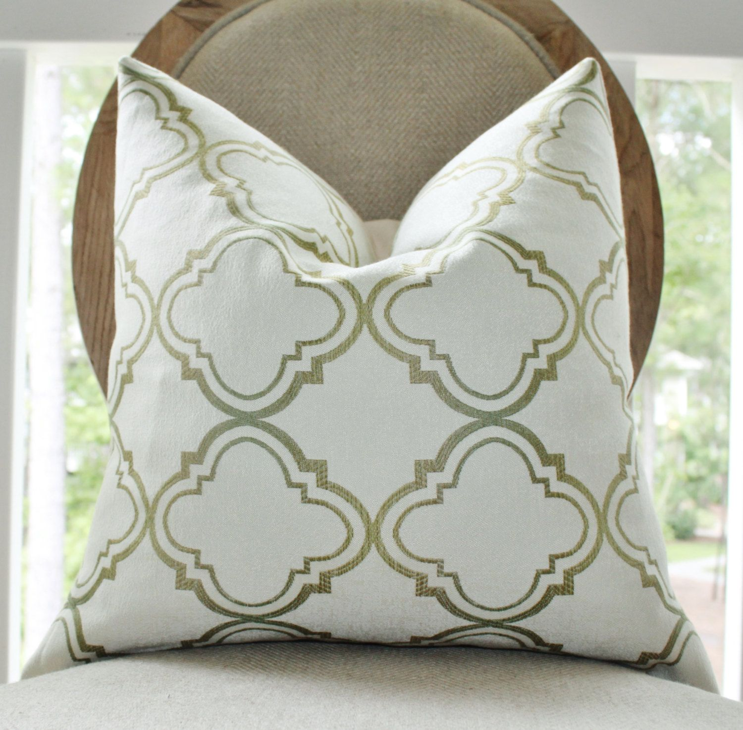 olive green decorative pillows - Google Search | Bedroom ...