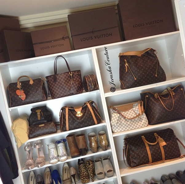 75a0fb4354eb Chic closet by one of my favorite instagramers