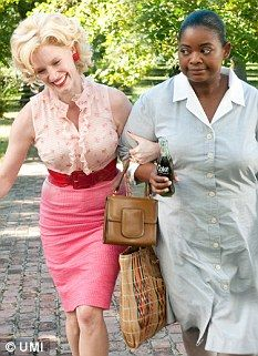 """Jessica Chastain (as Celia Foote) along with Octavia Spencer (Minny) in """"The Help"""""""