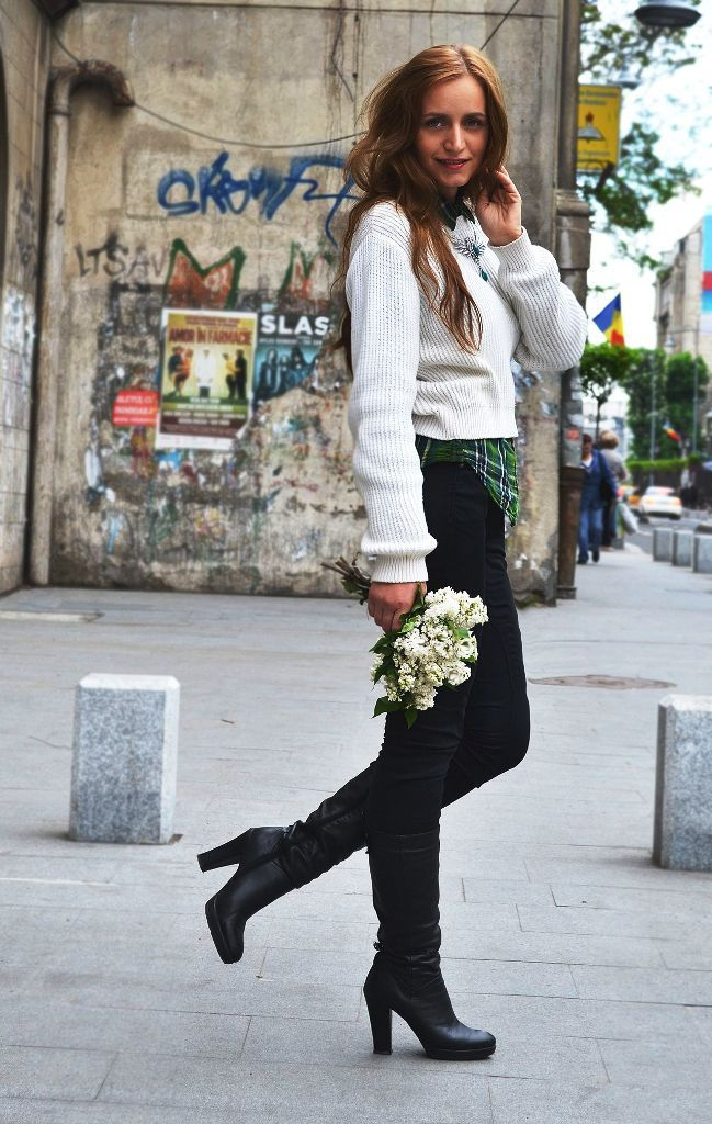 88ca06c980 50 Trendy Ways To Wear A Cropped Sweater. Visit. February 2019