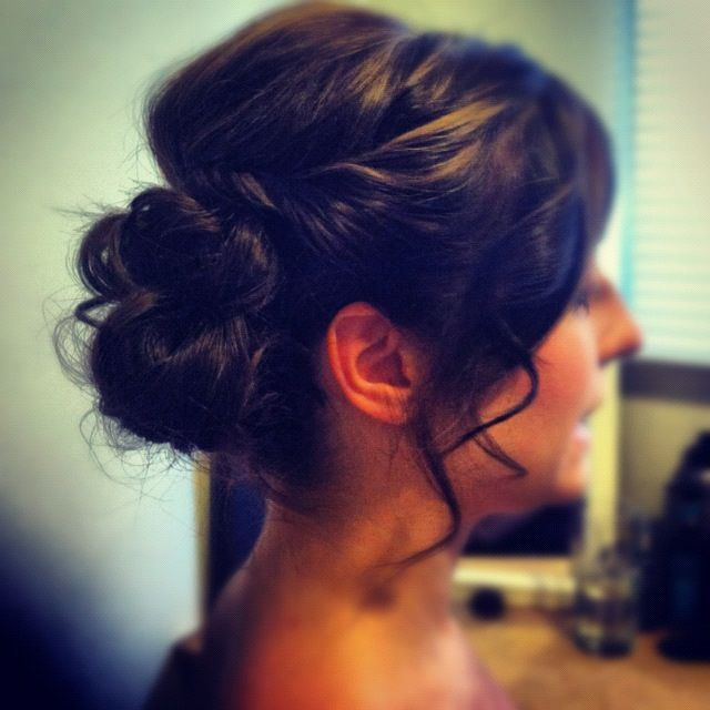 ponytail hair styles side bun updo she wore it so beautifully she 3153