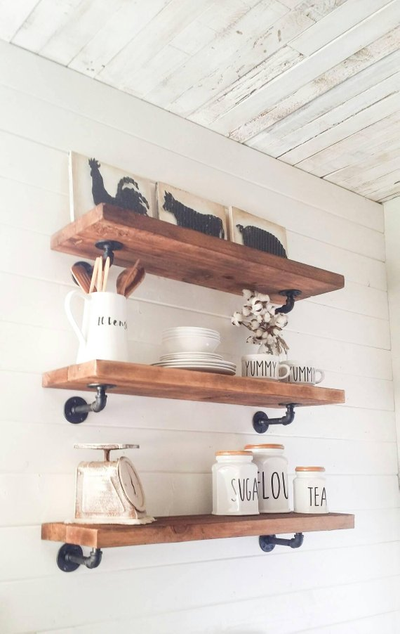 Farmhouse Style Rustic shelves,Floating shelves, Wood shelves, Floating shelf, Wood shelf, Wood floating, Floating bookshelf, Rustic wood #floatingshelves
