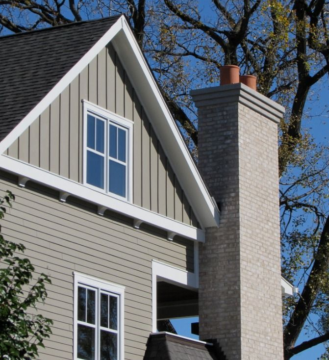 Board and Batten Siding Ideas | Houzz #boardandbattensiding