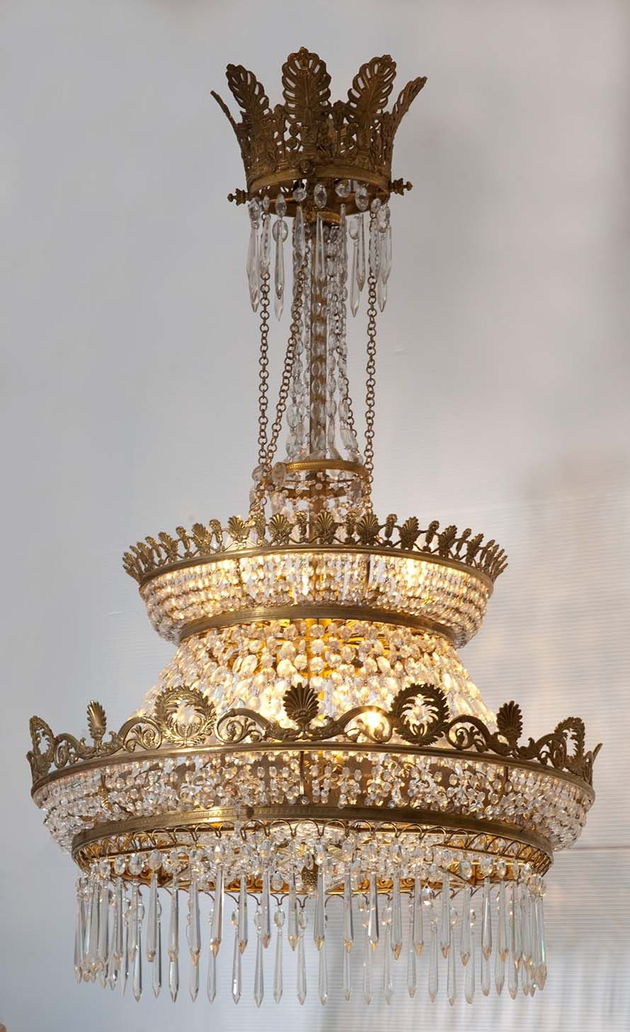 French empire style crystalbronze star chandelier a large and french empire style crystalbronze star chandelier a large and impressive empire style antique chandelier in gilded bronze and cut crystal arubaitofo Image collections