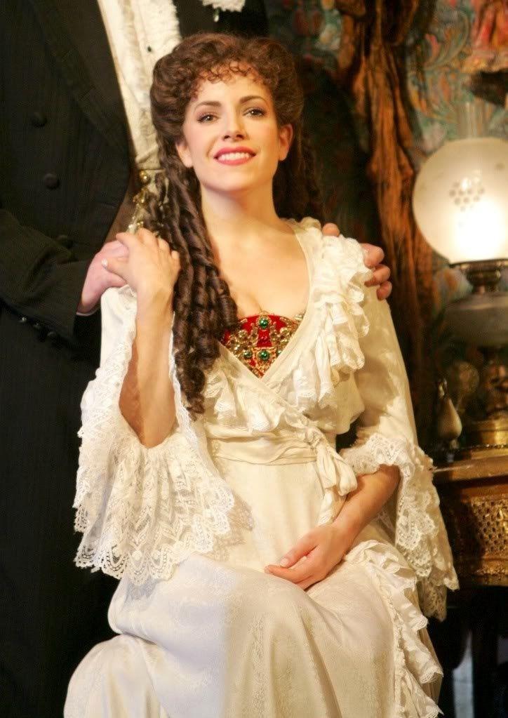 Broadway/US Dressing gown as worn by Sandra Joseph